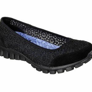 Skechers EZ Flex 2 Flighty Ballet Flat Black W9